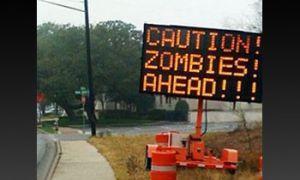 В Соединенных Штатах возникли автодорожные знаки, предостерегающие о возникновении зомби