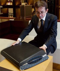 Инфинити совместно с Louis Vuitton спроектировали свежий концепткар
