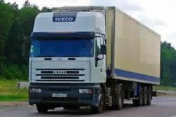 Киев штурмуют грузовые фуры