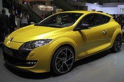 В Женеве продемонстрировали модернизированный хетчбек Меган Renaultsport 250
