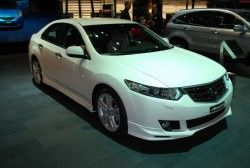 Хонда Аккорд Type С обнаружилась в Женеве