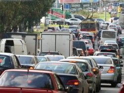 ГАИ: Транспортный поток на уикенд в направлении моря повысится максимум вдвое