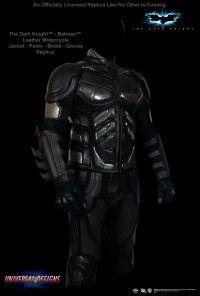 Четкая  копия костюма Бэтмэна, сделана специально для байкеров