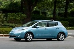 Ниссан Лиф 2010 – это электромобиль