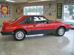 На продажи выставлен Мустанг 1985 года с пробегом 160 км