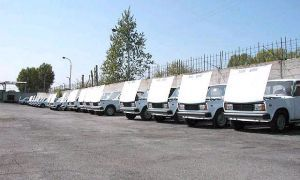Прокуратура разбирается, отчего официальные дилеры АвтоВАЗа остались без автомашин