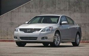 Nissan Altima 2010 предстала в новом образе