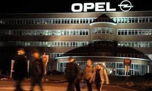 Magna не сможет закрыть британские заводы Opel до 2013 года