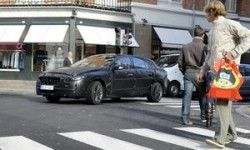 Volvo тестирует системы безопасности на пешеходах
