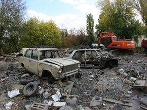 В Киеве застройщики снесли гаражный кооператив, повредив 60 автомобилей
