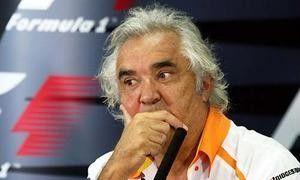 Автоспорт: Бриаторе подал в суд на FIA