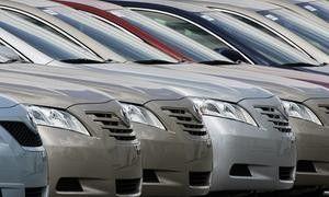 Тойота сообщила, что ковры в ее машинах неопасны