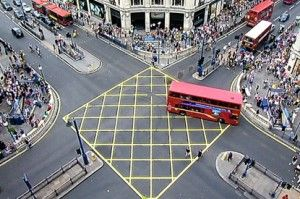 На самом людном во всем мире перекрестке поменяли модель работы светофоров