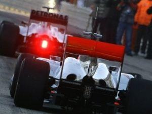 ФИА просит 3 команды Формулы-1 по доброй воле поменять диффузоры