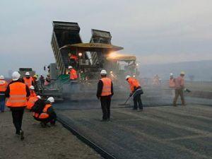 Министерство транспорта увеличит обязанность строителей за положение дорог