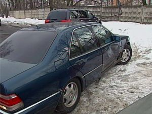 ГИБДД починила Mercedes участнику жизненного щита на МКАДе