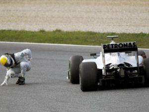 К автогонке в Барселоне Мерседес GP приготовит свежий болид