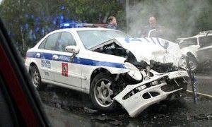 В городе Москва встретились 2 авто с милиционерами