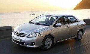 Тойота отзывает свежую партию Королла в связи с неожиданным ускорением