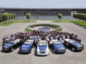 Первые покупатели приобрели купе Роллс-Ройс Фантом Drophead