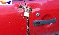 Английские угонщики не могут украсть автомашину даже с ключом