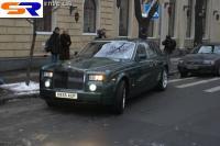 По киевским улицам колесил млн долларов США