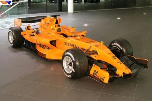 Макларен F12006. ФОТО