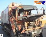 Большое ДТП в Киеве: встретились автокран, 2 мусоровоза и телега.
