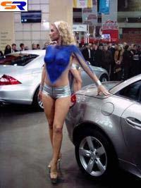 В Санкт-Петербурге раскрылся интернациональный автомобильный салон