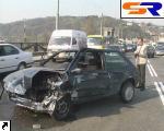 На мосту Патона встретились 4 иностранные автомашины: 5 потерпевших.