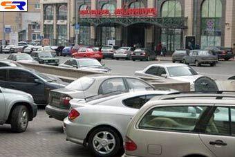 Власти Киева распродадут муниципальную землю под авто парковки