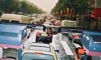 Германцы раз в год утрачивают в автомобильных пробках 60 часов