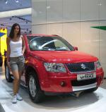 Suzuki grand vitara объявлен самым лучшим малогабаритным кроссовером по словам издания AutoBuild allrad