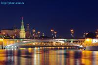 В городе Москва ездит 10% всех отечественных автомашин