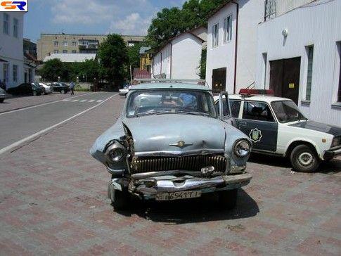 Автолюбитель ГАЗ-21 отплатил