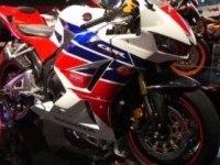 Honda CBR600RR на выставке