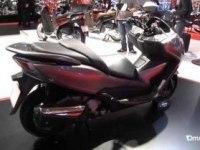 Обзор макси-скутера NSS300 Forza