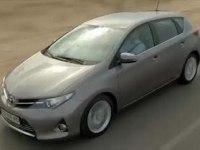 Видеообзор Toyota Auris