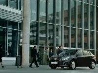 Реклама Chevrolet Cruze Hatchback