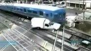 ДТП Жесть. Поезд взорвал пикап