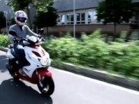 Официальное видео Yamaha Aerox R и  Yamaha  Aerox R Naked