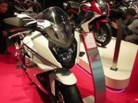 Honda CBR650F на выставке