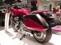 Репортаж о мотоцикле Honda CTX1300