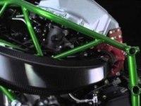 Kawasaki Ninja H2R в статике