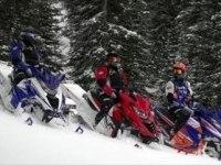 Снегоходы Yamaha SRViper M-TX в условиях пересеченной местности