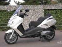 Peugeot Satelis 400 в статике и движении