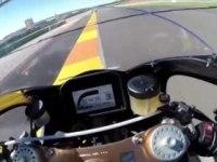 Honda RC213V-S на треке