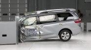 Краш-тест Toyota Sienna