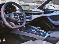 Интерьер Audi S5 Coupe