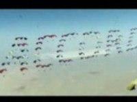 Прыжок с парашютом ради Honda